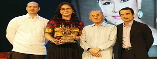 Lifetime Achievement Award for ABS-CBN CEO